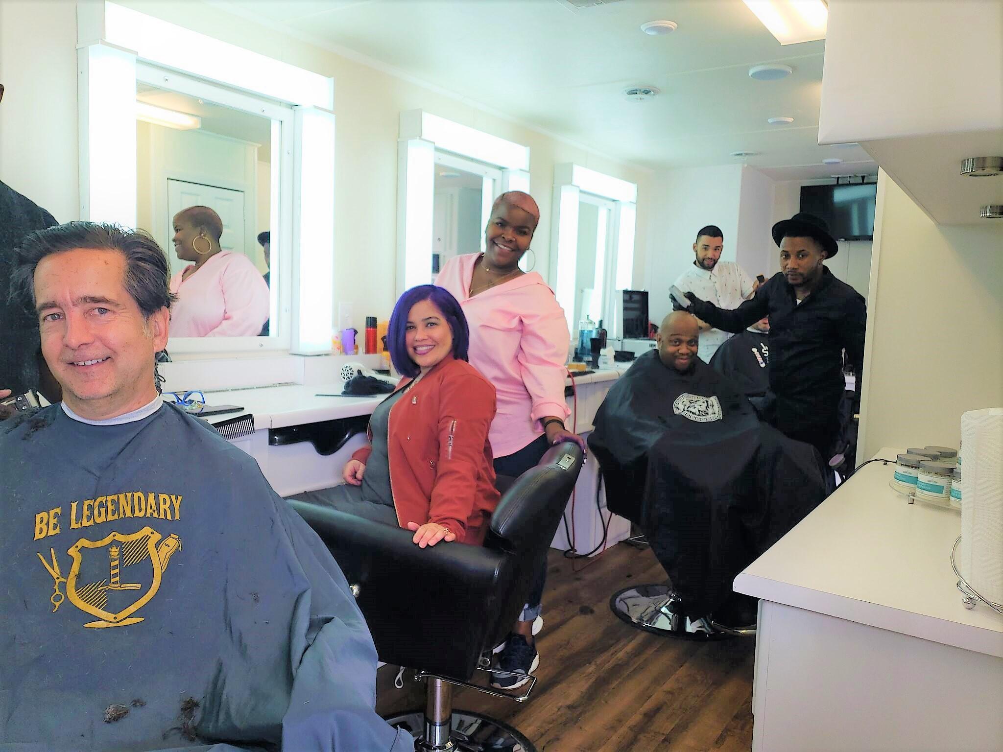 haircutting exhibition trailer
